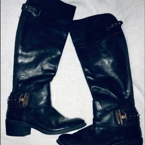 Blk Vince Camuto Boots🎃